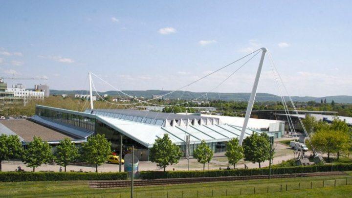 Nur die Europahalle sanieren oder zusätzliche Eventarena bauen?
