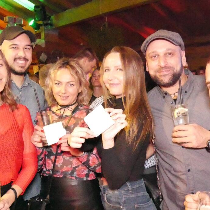 Valentinstag-HubRaum-Durlach-90er-Party-DJane-Vanja